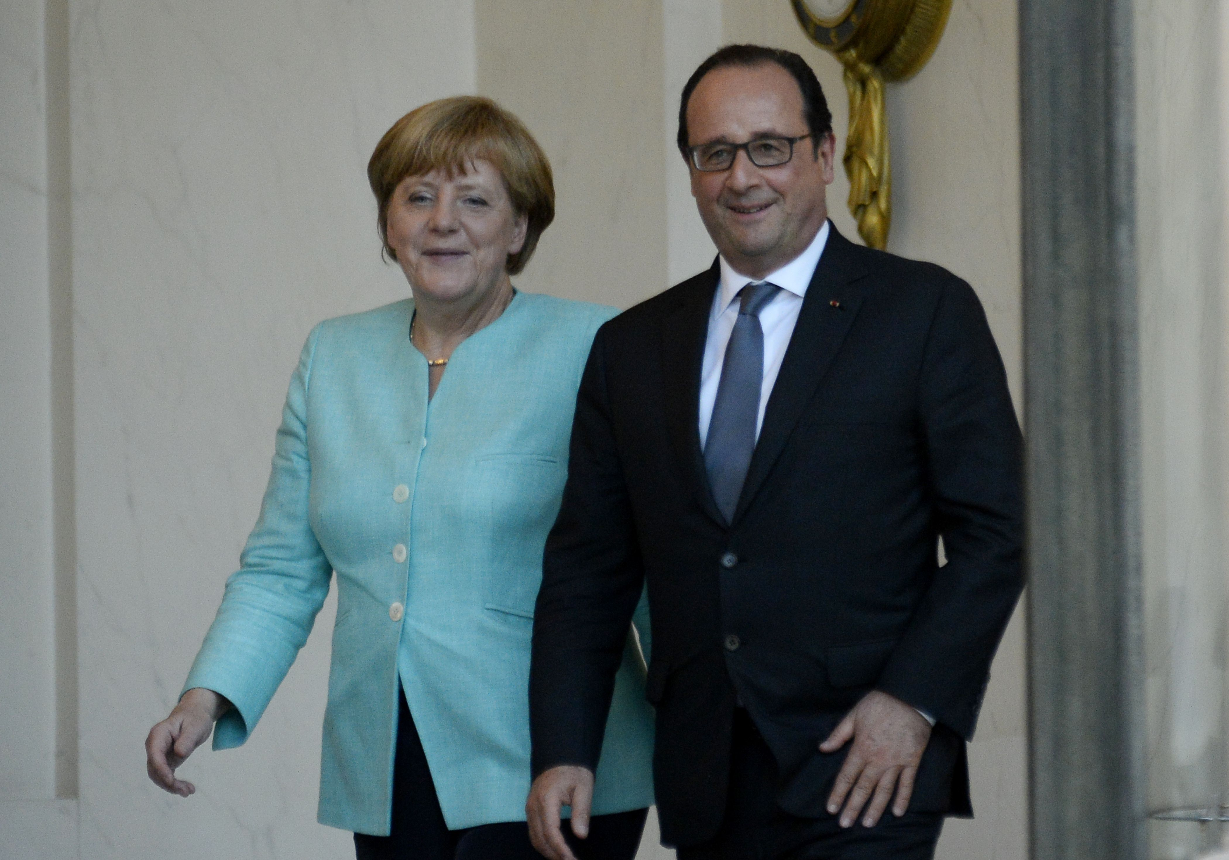Image for Берлин и Париж требуют конституционного статуса для Донецкой и Луганской республик в Украине
