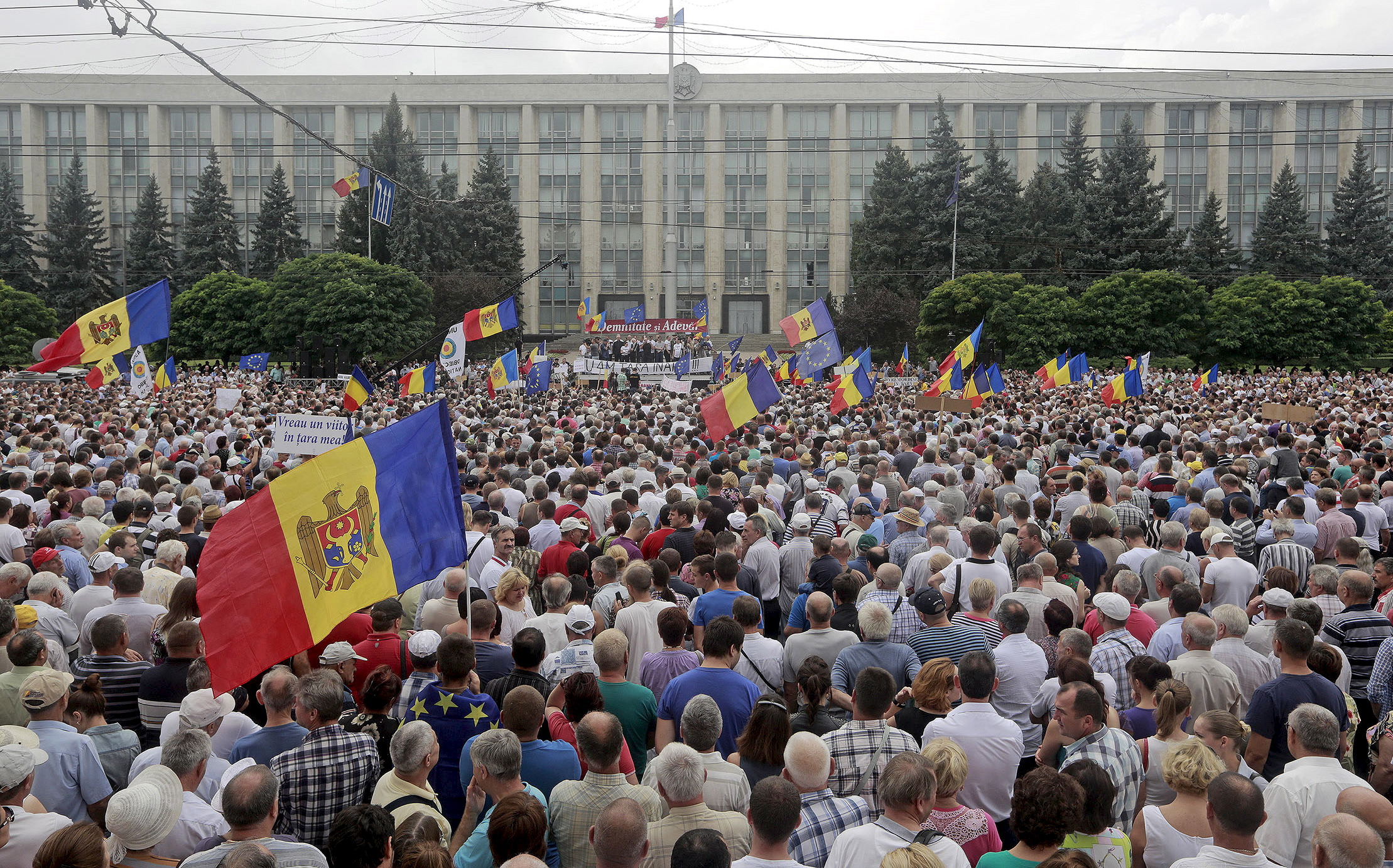 Image for Moldova Ungoverned, Close to State Failure