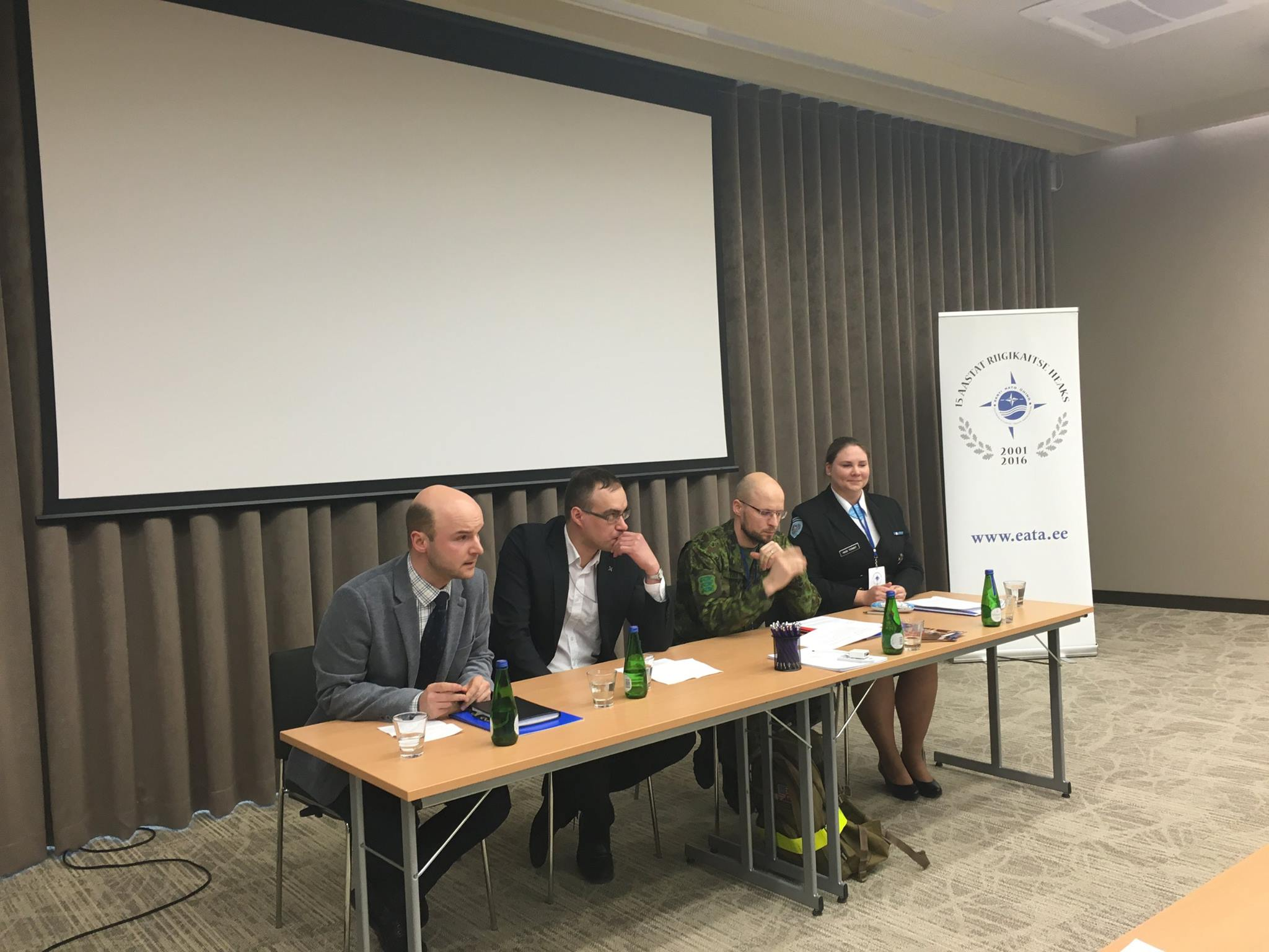Image for Член правления МЦОБ модерировал дискуссию на тему НАТО