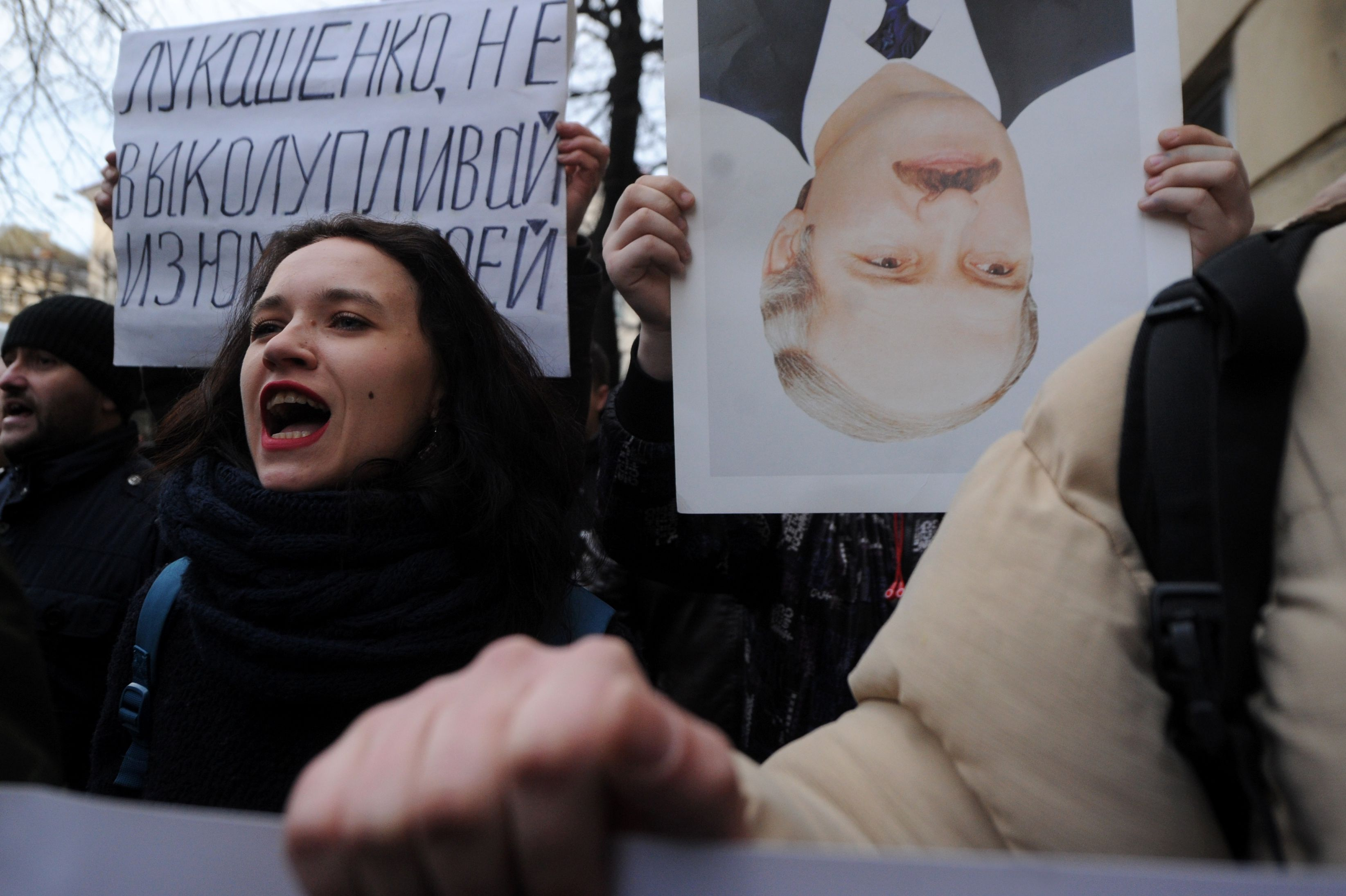 Image for Лукашенко своей политикой загнал себя в угол