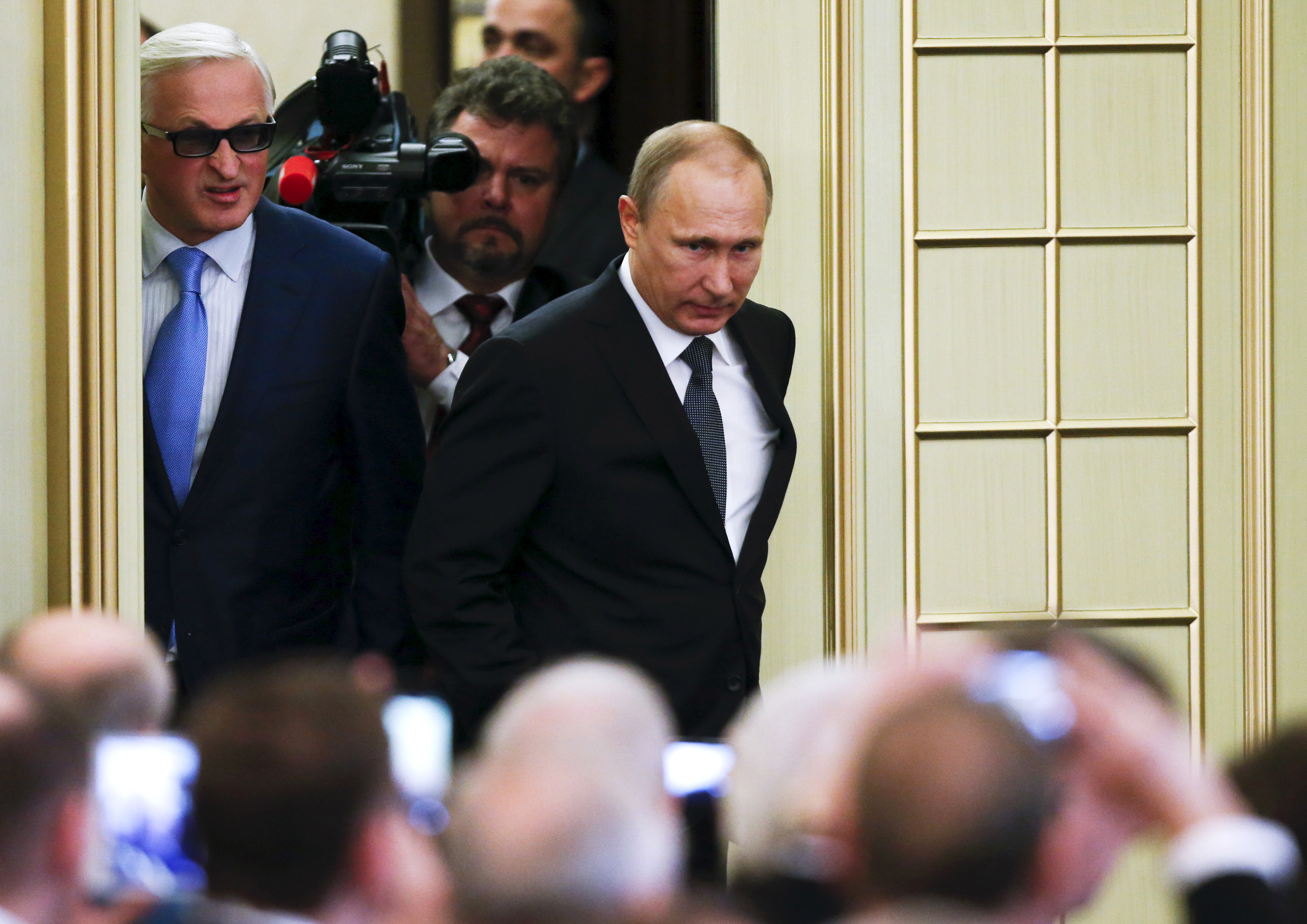 Image for Почему в России поддерживают Путина?