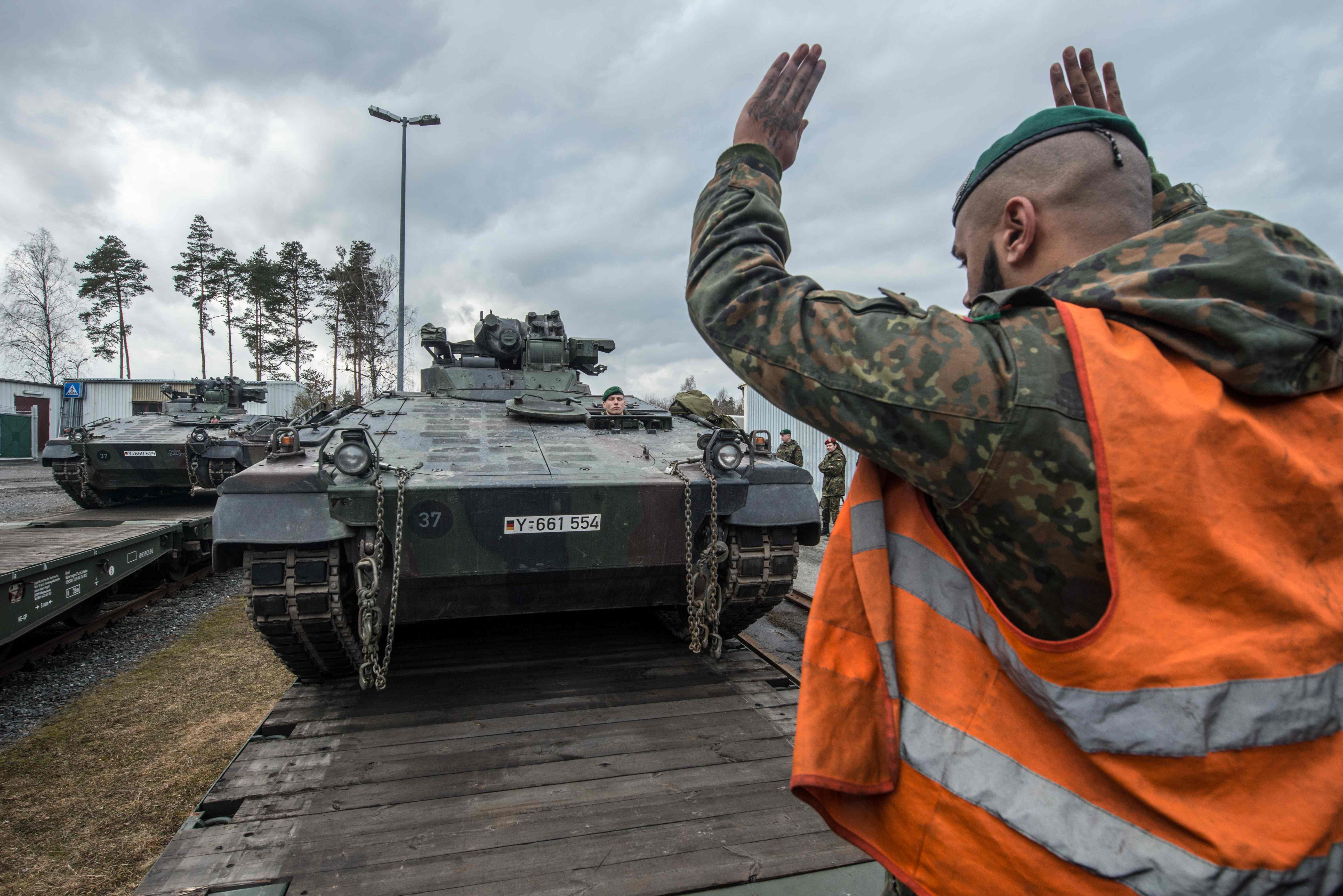 Image for Baltic States Urge Nato Unity as Russia Gears up for War Games