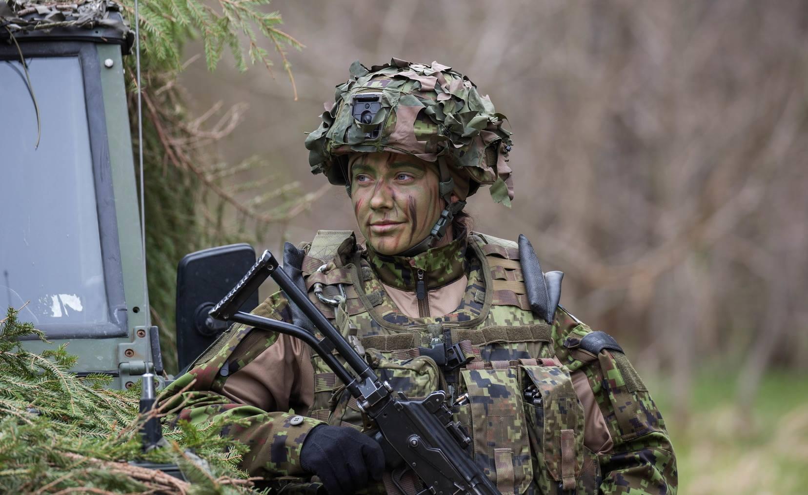 Image for Ждут ли Вооружённые силы Эстонии в свои ряды женщин?
