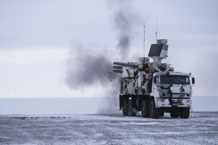Image for Военные и невоенные аспекты арктической политики Кремля