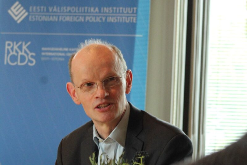John Lough, associate fellow of the Chatham House Russia and Eurasia Programme and, concurrently, senior research fellow of the Institute for Statecraft.